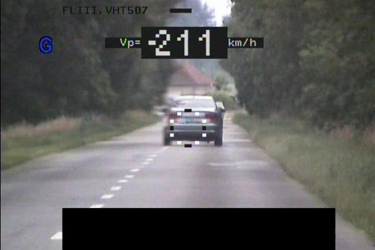 211 km/h