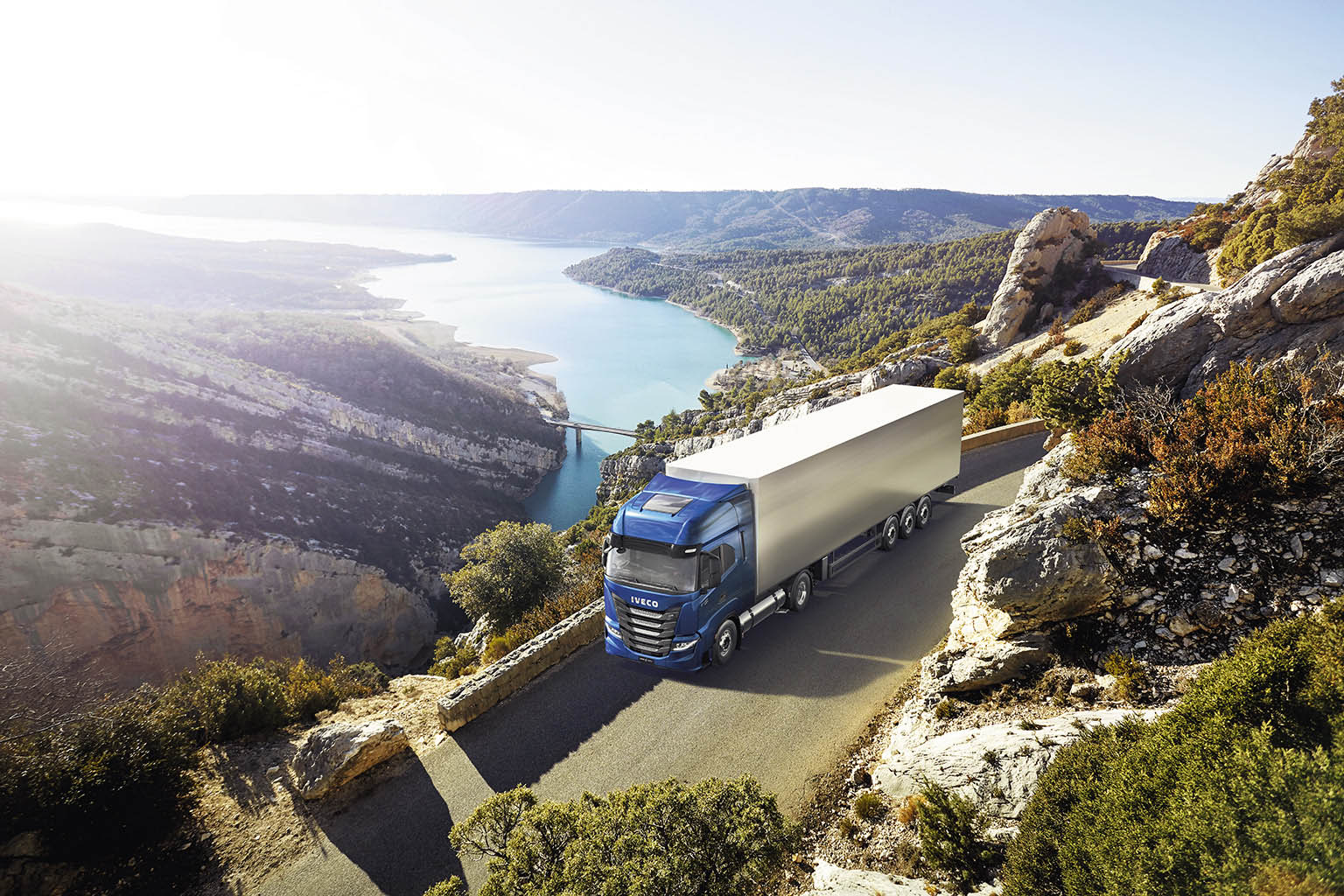 IVECO S-WAY NP 460 (LNG)