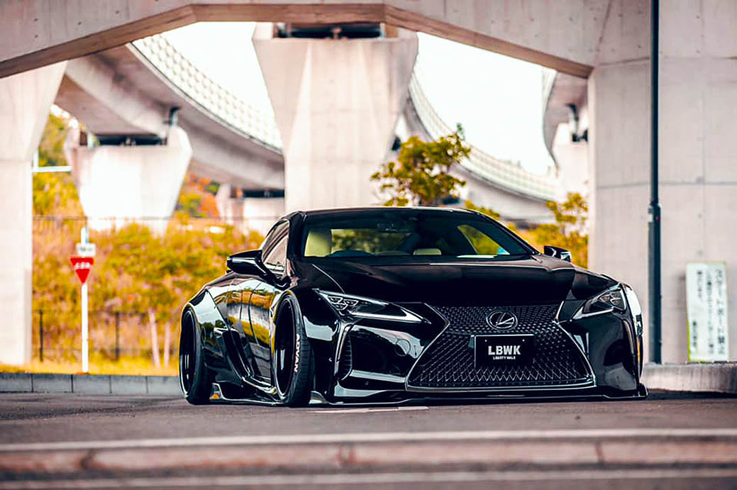 Liberty Walk Widebody Lexus LC500
