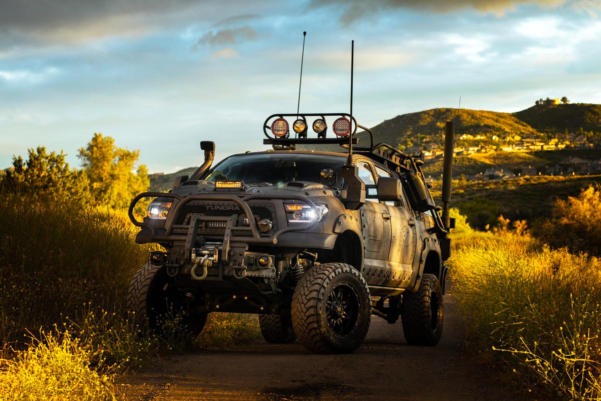 2013_toyota_custom_military_expedition_style_tundra_1592229827109deimg_7038-scaled